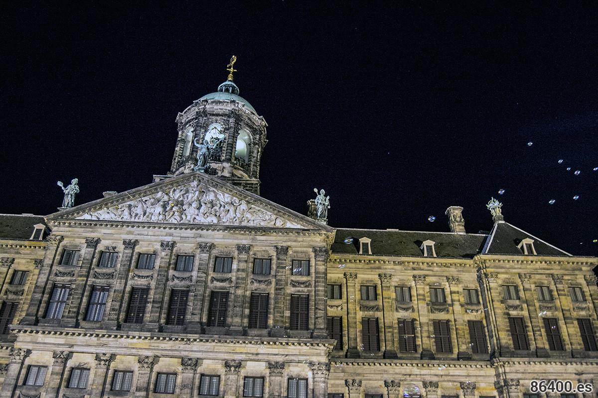 Palacio Real de la Plaza Dam - Disfrutar Amsterdam