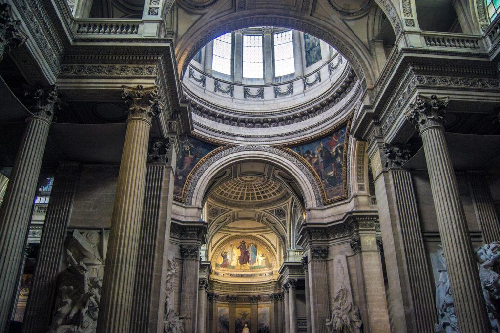 Interior del Panteón de París – París Pass de dos días