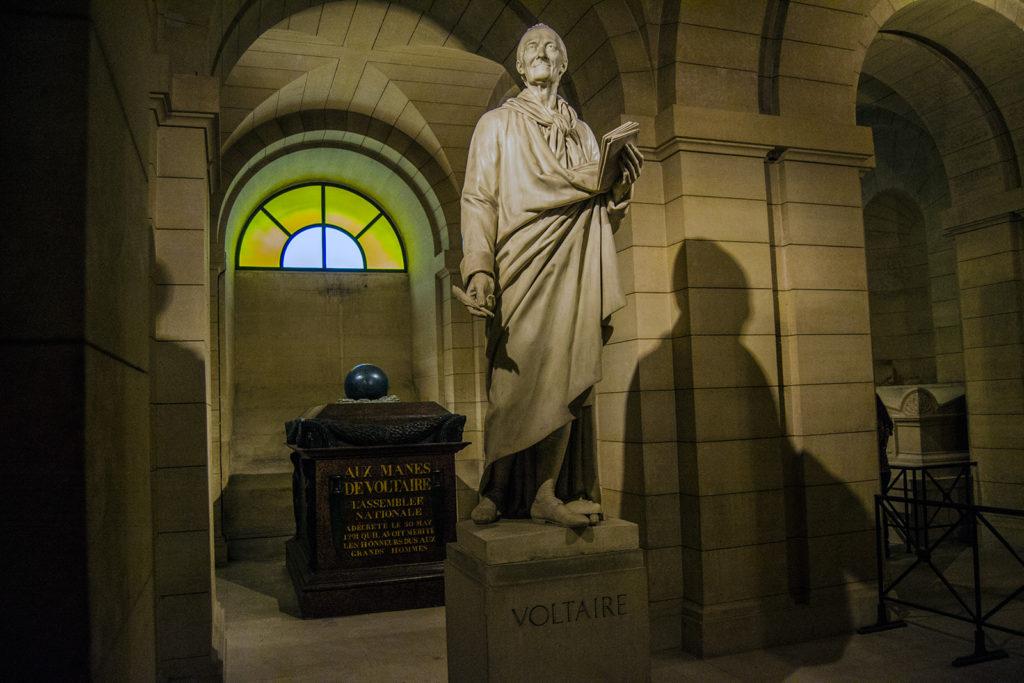 Tumba de Voltaire en el Panteón de París – París Pass de dos días