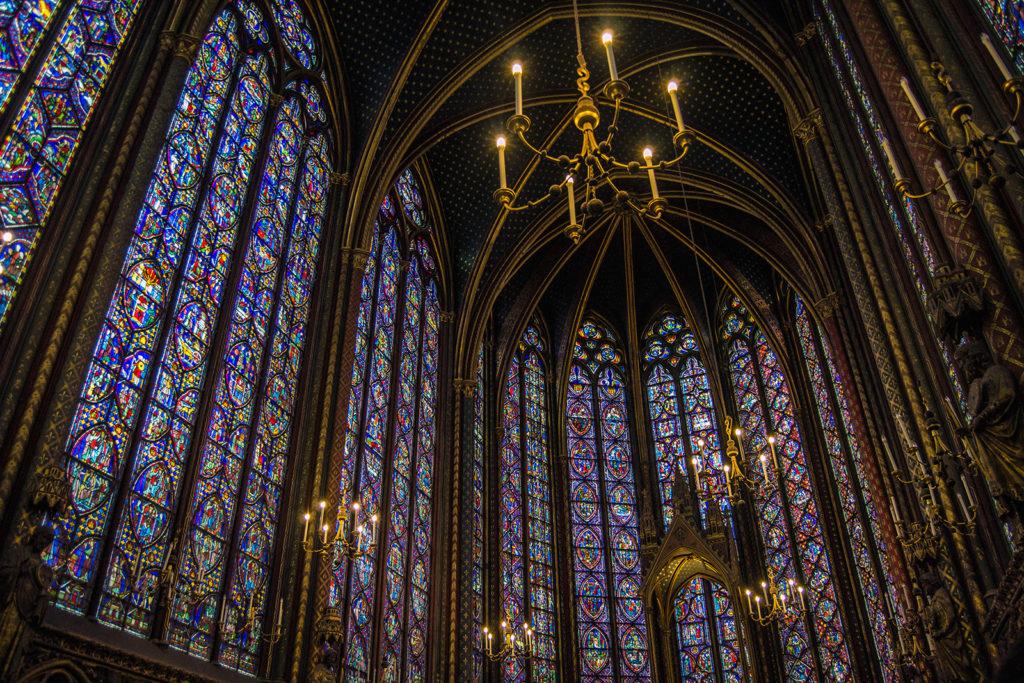 Vidrieras en la Sainte Chapelle – París Pass de dos días