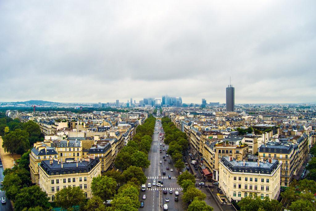 Vistas desde el Arco del Triunfo de La Defense – París Pass de dos días