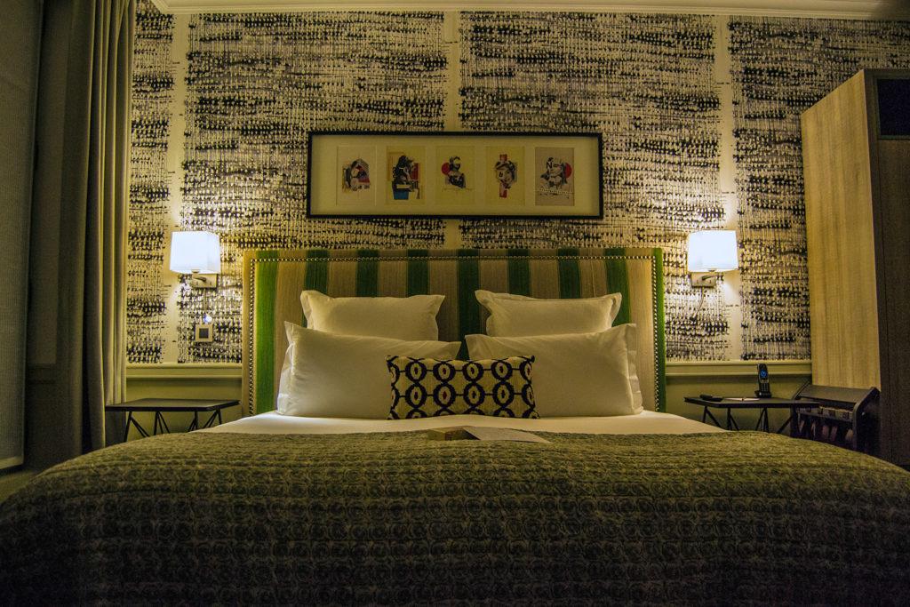 Comodísima cama en el Hotel Adèle & Jules -Versalles desde París