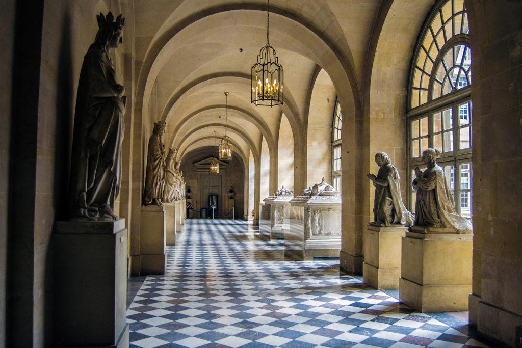 Memoria a las personas que han ayudado en las reparaciones del Palacio – Aposentos privados del Palacio de Versalles