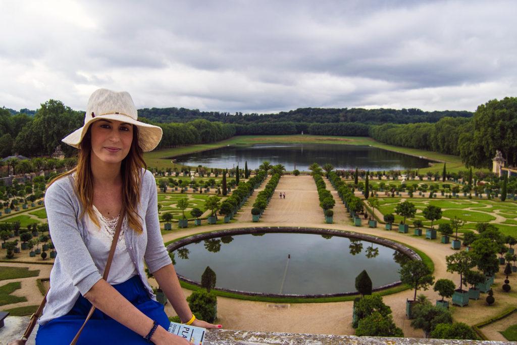 Nerea en los Jardines de Versalles – Palacio de Versalles desde París