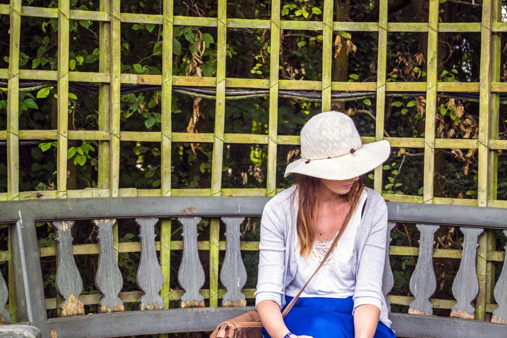 Rincón ideal para descansar en los Jardines de Versalles – Palacio de Versalles desde París