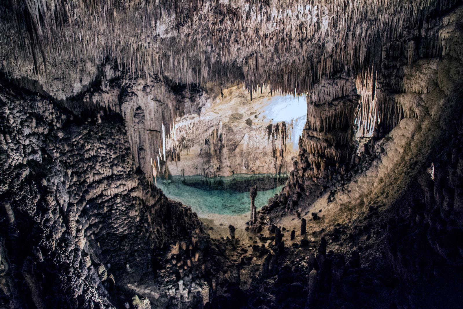 Lago interior de las Cuevas del Drach - qué ver en Mallorca