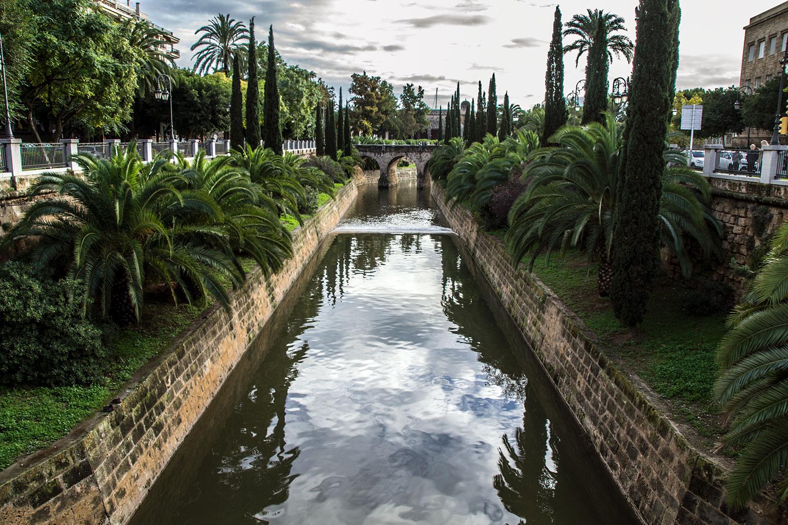 Paseo por el canal - qué ver en Mallorca